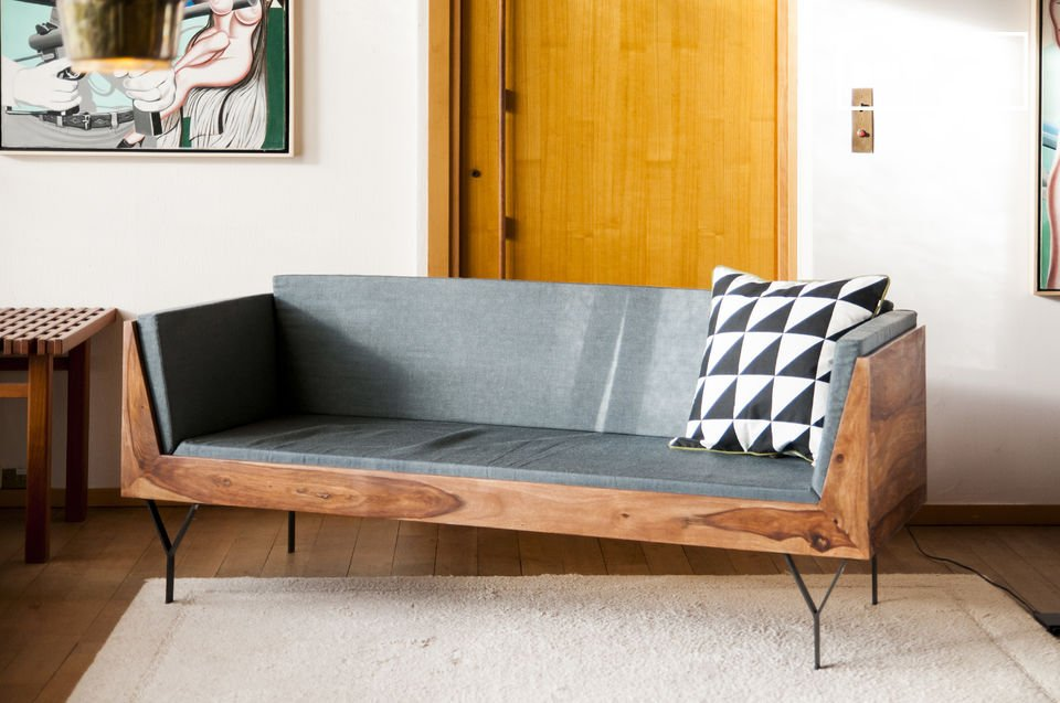 The structure of this bench makes it perfect to use as storage in a smaller or larger room