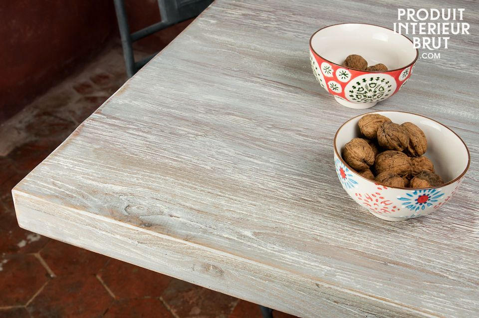 The usage of thick hardwood make of this table a particular robust piece of furniture