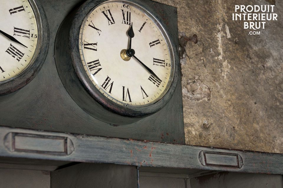 Retro metal design, with a distressed zinc effect