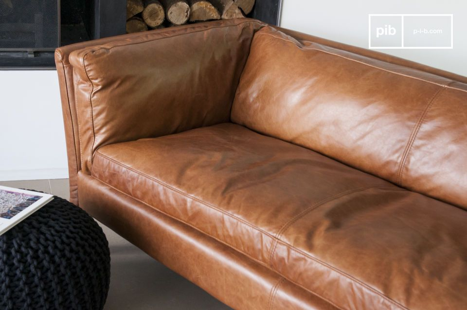 Probably one of the most successful vintage style leather sofas