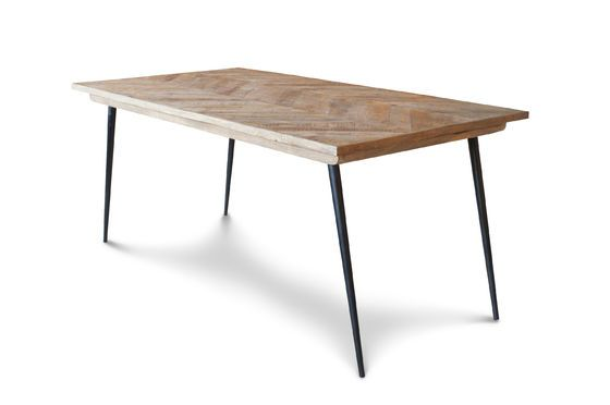 Tongeren table Clipped