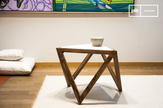 Triangular side table Marmori