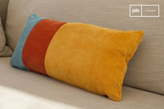 Tricolor Mathis cushion