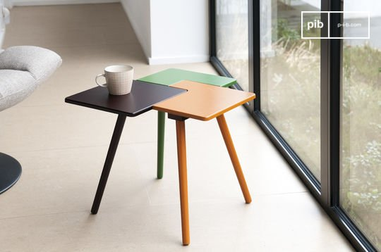 Tridy side table