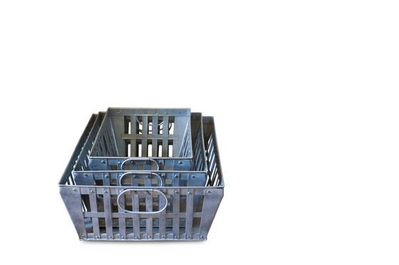 Triple pack metal baskets Clipped
