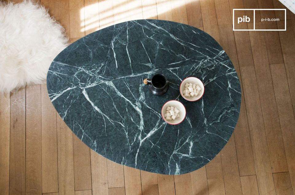 Just take a look at this trivisanen coffeemarble table and you will immediately be inspired by this