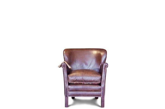 Turner leather armchair Clipped