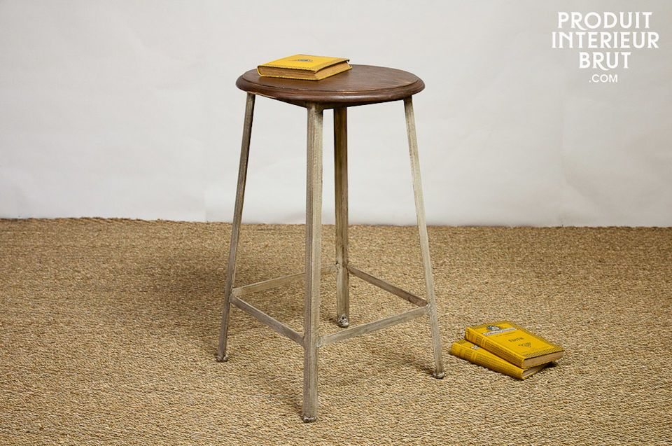 Varnished wood and metal stool