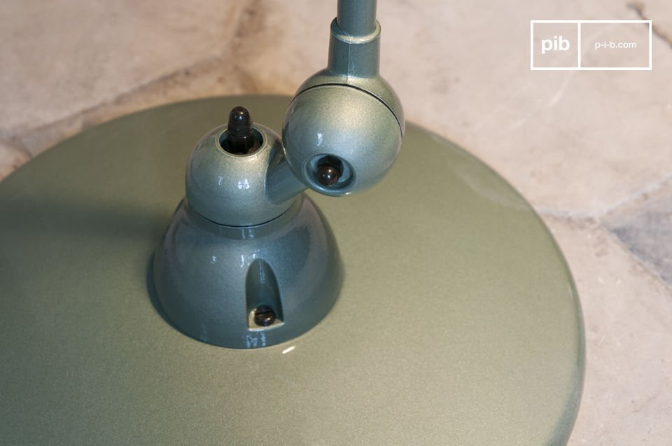 The iconic lamp of the industrial design of the mid 20th century