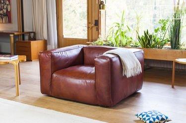 Vintage armchair Krieger