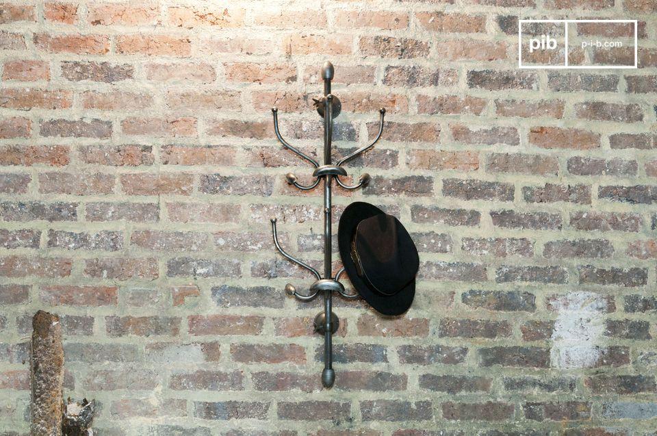 Wall-mounted parrot coat rack