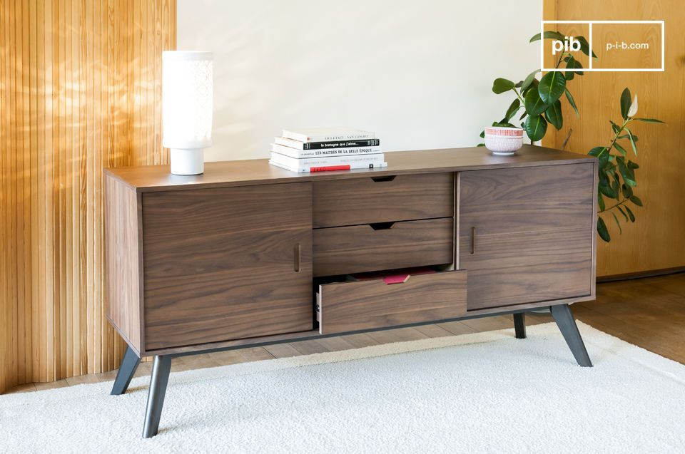 A storage unit that combines walnut wood with very straight lines for a sleek and elegant look