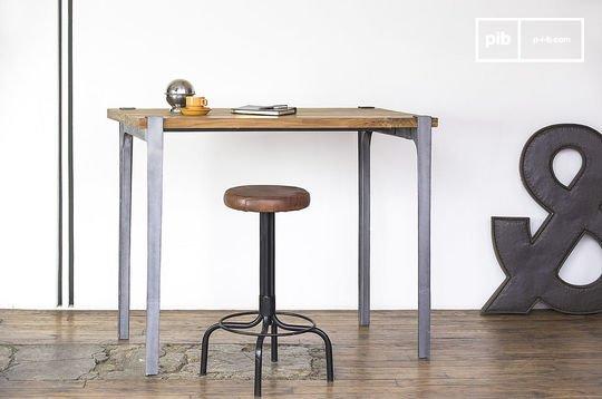 Wellington bar table