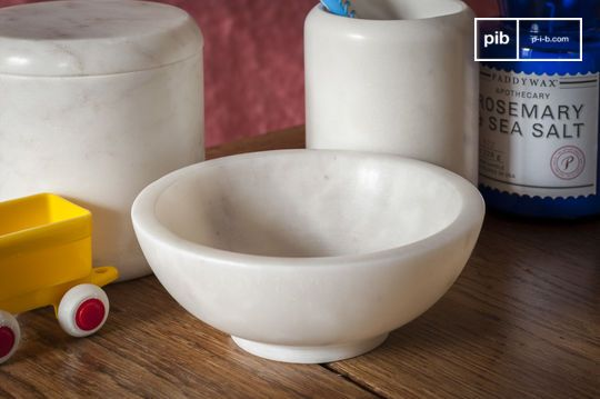 White marble bowl Wäg