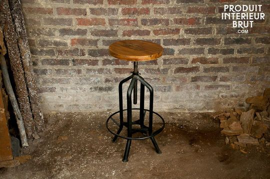 Wild West swivel bar stool