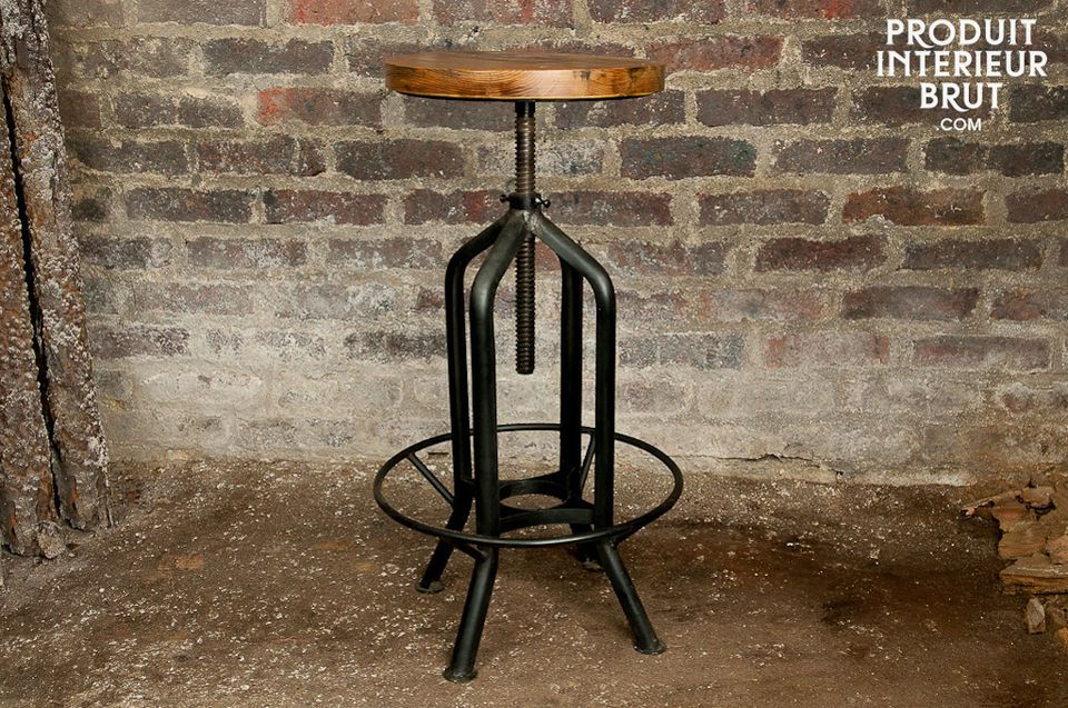 This bar stool has a wooden seat and mat black metal leg frame