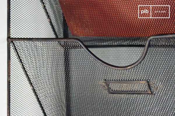 Wire-mesh wall mount magazine rack