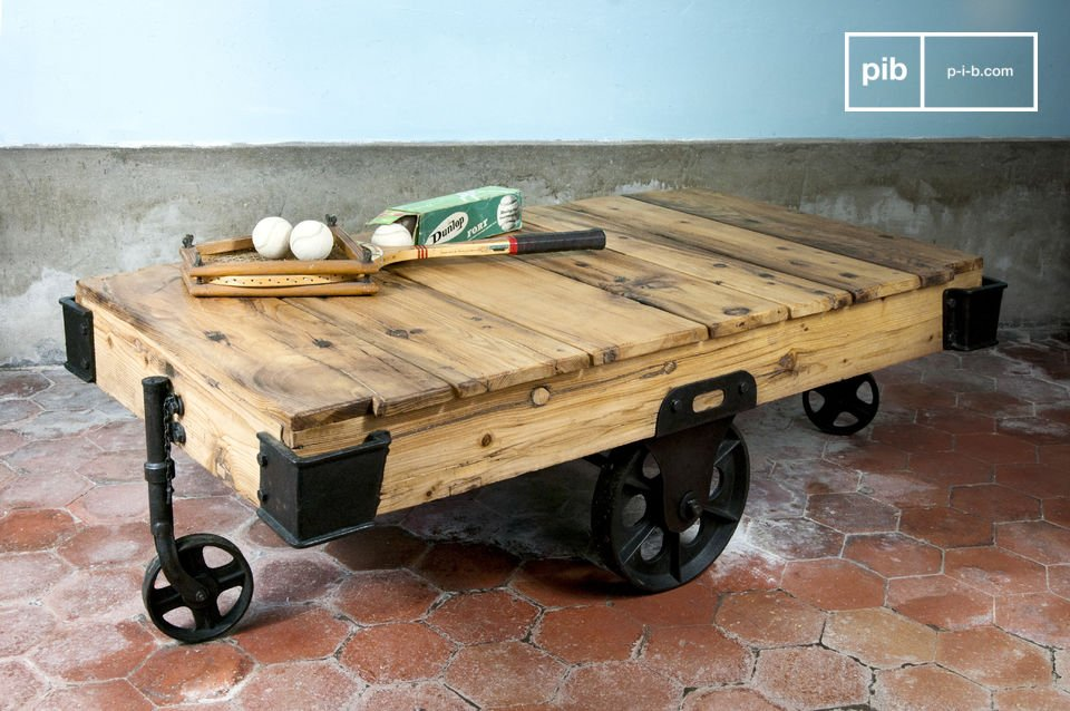 Charmant Wood Wagon Coffee Table