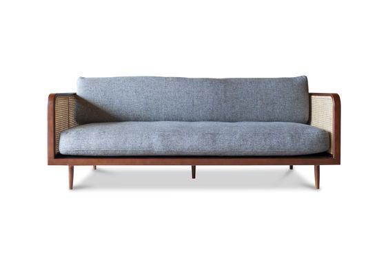 Wooden cane sofa Starheim Clipped