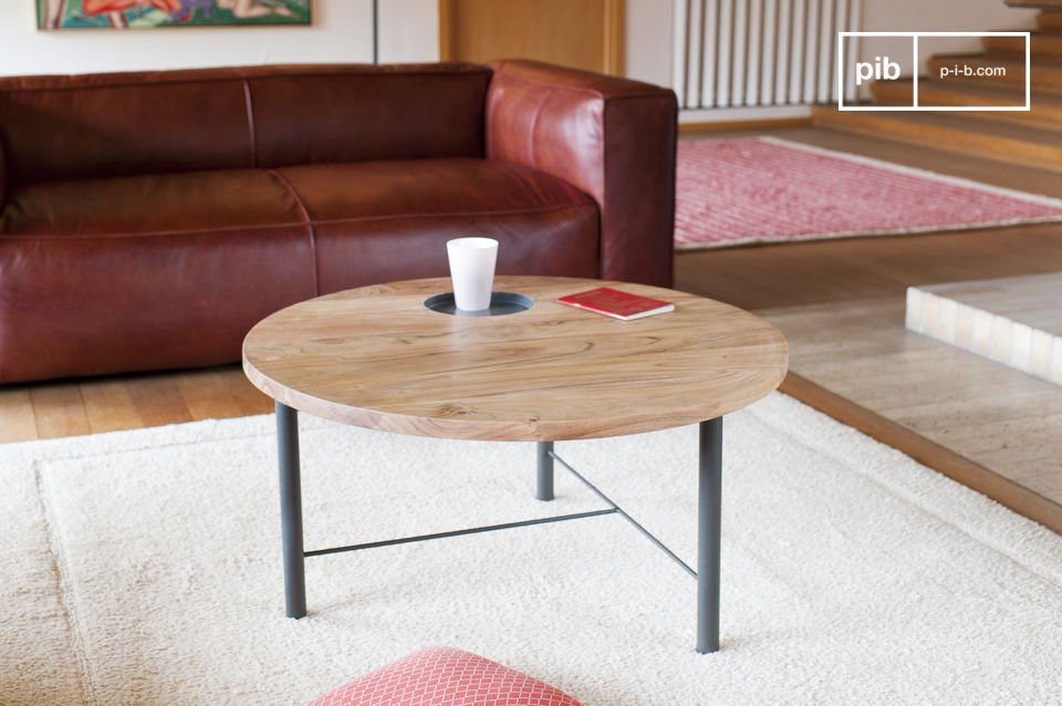 Wooden coffee table Bascole
