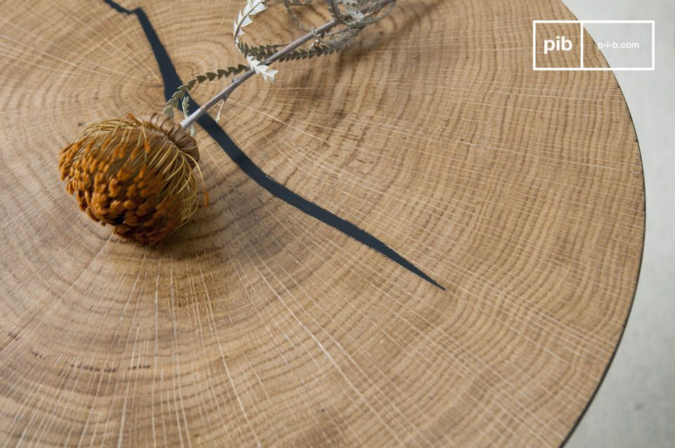 The wood is varnished, which protects it from stains and reveals the natural lines of the wood
