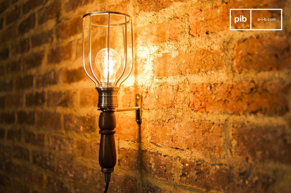 Zakari portable lamp